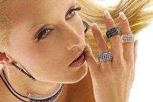 collezione dama anello perspex e swarovski